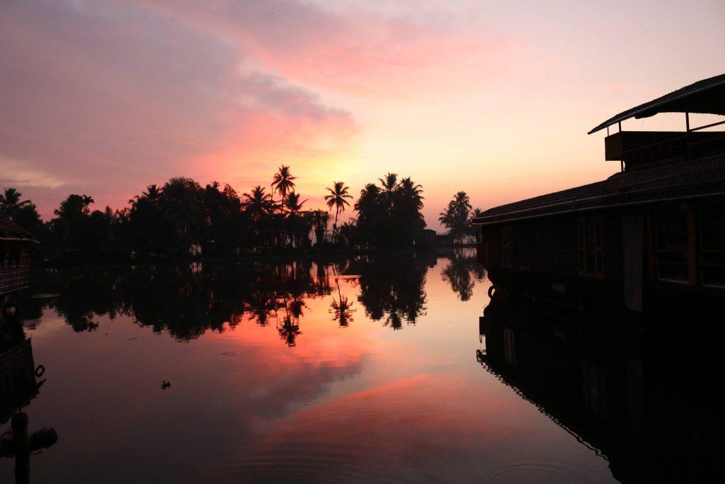 Kerala - Alleppey - Houseboat Sunrise